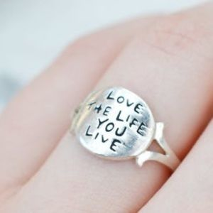 Jewelry - 925 Love The Life You Live Sterling Silver Ring